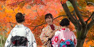 抓拍日本和服美女
