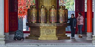 """""""中国禅都""""的佛系旅游"""