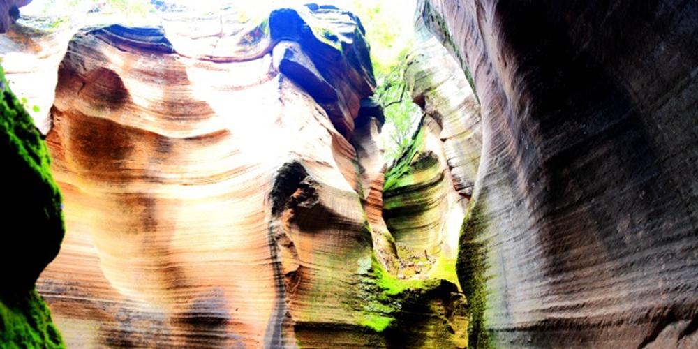堪比美国羚羊谷的雨岔大峡谷
