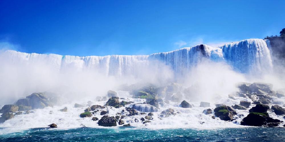 惊心动魄的尼亚加拉大瀑布
