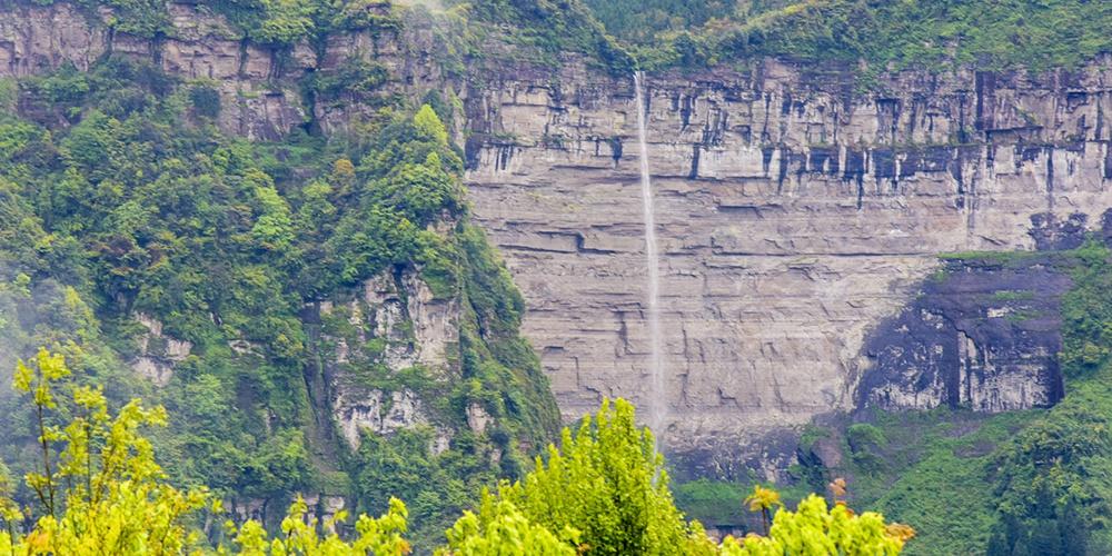 重庆网红瀑布