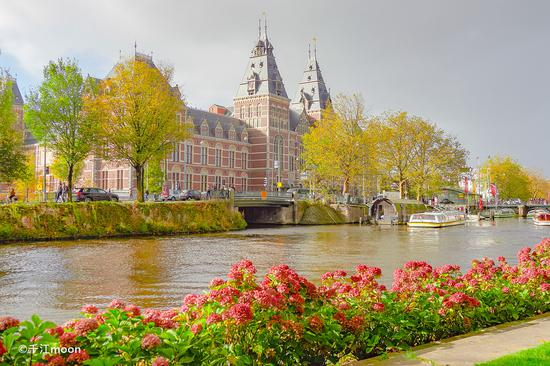 阿姆斯特丹运河风情:延续了数百年的诗情画意!