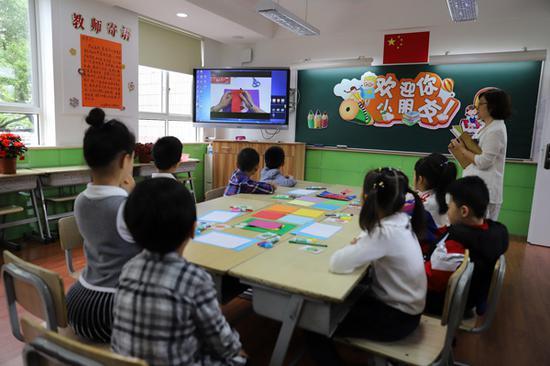 民辦宏星小學創新面談方式,觀察學生的學習品質。