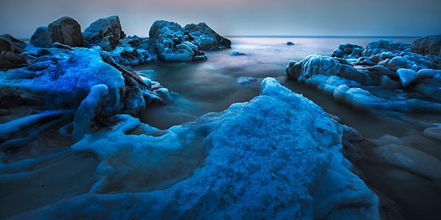 冬天的北戴河充满了魔幻风