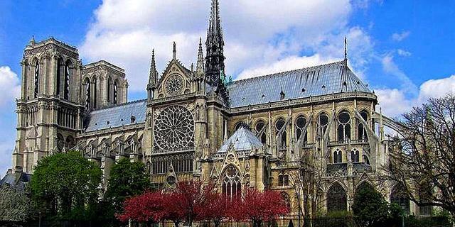 史上最辉煌的建筑巴黎圣母院