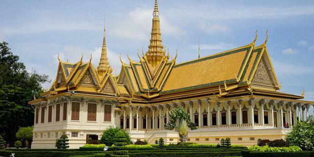 金碧辉煌的柬埔寨金边皇宫