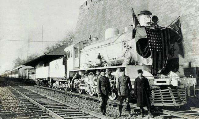 图说旧事:影画里的老火车