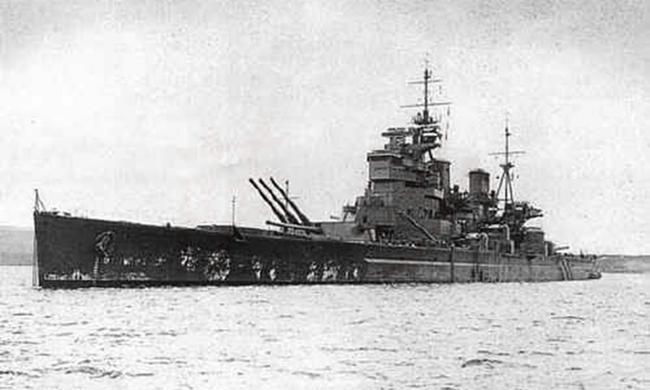 马来海战英国巨舰被战机击沉,大炮巨舰时代结束
