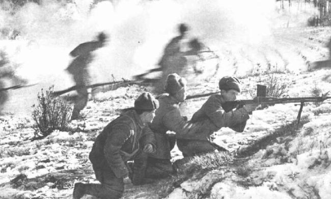 老照片:朝鮮戰爭激烈的戰斗場面