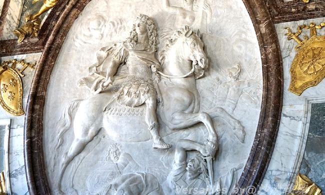 路易十四打造的奢华凡尔赛宫