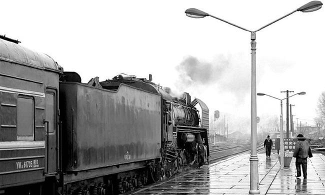 老照片:消逝的蒸汽机车