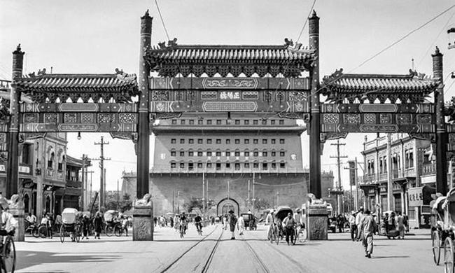 老照片:1937年的北平街拍