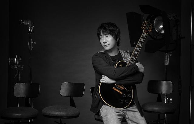 用吉他谱写,郑钧的多面人生永不退转