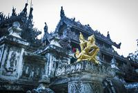 缅甸有座金色宫殿