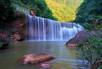 国内少有人知的丹霞第一瀑