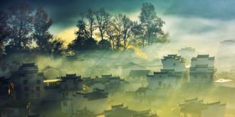 云雾缭绕石城美