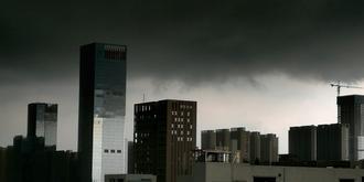 暴雨来临之前