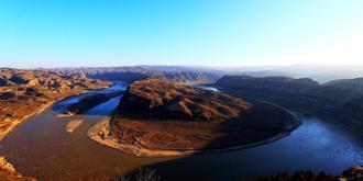 乾坤湾:黄河的神秘造型