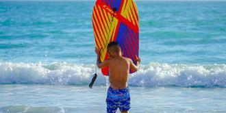 小小冲浪手