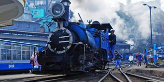 進入世遺的高山小火車