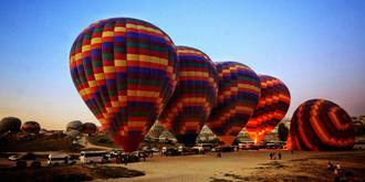 去土耳其一定要乘熱氣球
