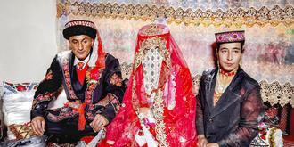参加塔吉克族的婚礼