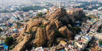 印度有个壮观的岩堡