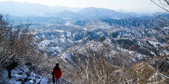 雪中的司马台长城