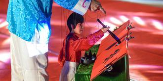 你见过提线木偶写字吗