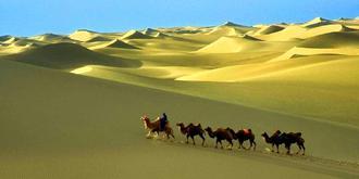 內蒙古神秘響沙灣