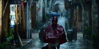 雨夜的紫陽老街