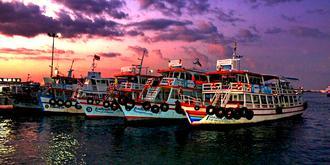 夜幕下的芭堤雅碼頭