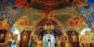 俄罗斯独具一格的男修道院