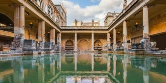 """名叫""""洗澡""""的英国城市"""