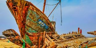 流水镇的拆船厂