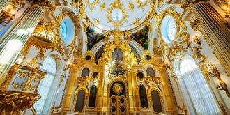 金碧辉煌的沙皇皇宫