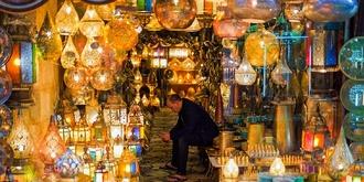 夜幕下的中东第一大集市