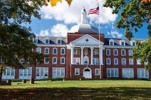 美国高中申请难度升高 国际学校学生应该怎么办?