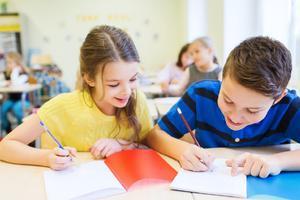 公立转国际学校 孩子选择走读还是寄宿好