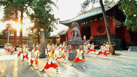 再乱搞,中国武术真的要沦为广场舞了