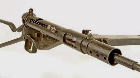"""二战陆战兵器:英国""""司登""""式冲锋枪"""