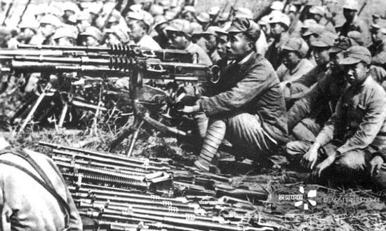历史记录:抗战中的新四军