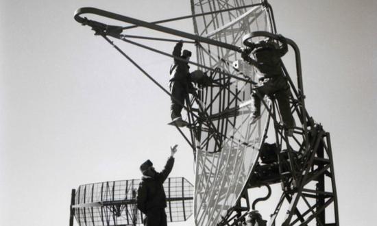 激情燃烧的岁月:甘巴拉英雄雷达站