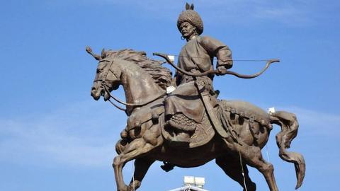 辽代皇帝平均年龄和在位时间长于唐宋