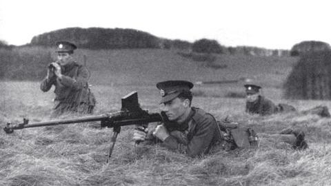 抗战中主力反坦克之英制博斯反坦克枪