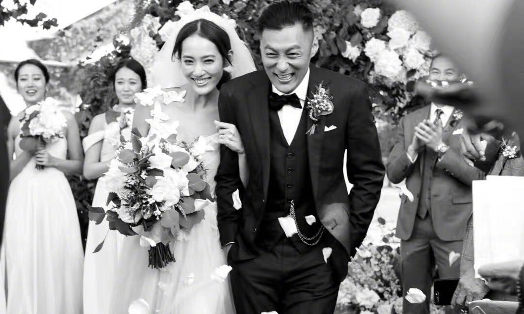为什么全世界不买账余文乐也要娶王棠云?