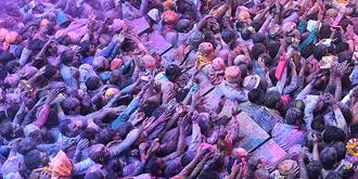 印度人过新年壮观又可怕