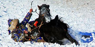蒙古族人离不开马