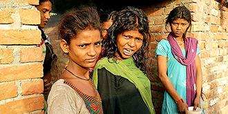 印度贫民窟的女孩们