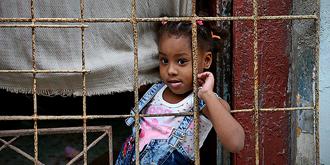 古巴家家都装铁栏栅
